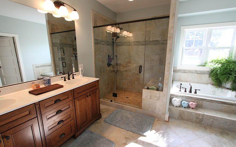 Master Bath (1 of 1)